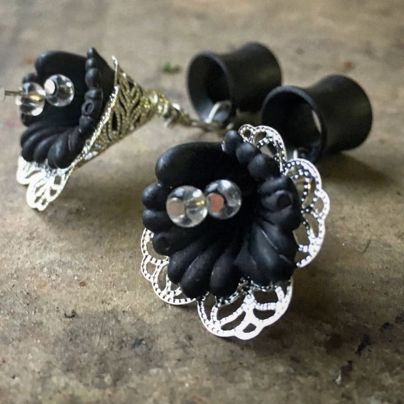 through 1 6mm 25mm Black or WhiteWood Gages Dangle Plug Organic Vintage Lily Dangles with Wood Ebony Plug Gauges or Tunnels in Sizes 2g