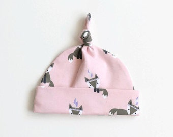Cotton baby hat with small foxes