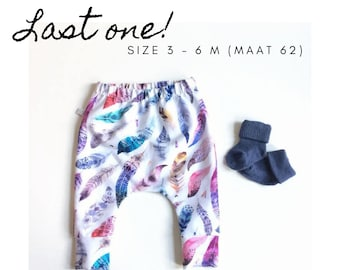 Baby pants with feathers. Size 3 - 6 M