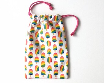 Drawstring pouch of laminated cotton with popsicles