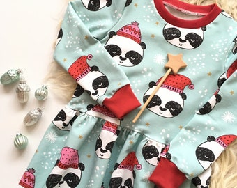 Green dress with pandabears and stars
