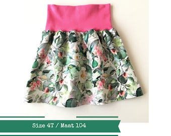 White skirt with leaves and pink flowers, size 4T