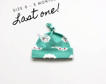 Cotton baby hat with clouds