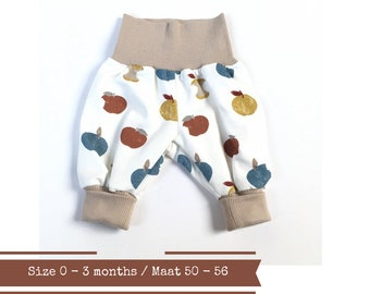 White harem pants with apples. Size 0 - 3 months