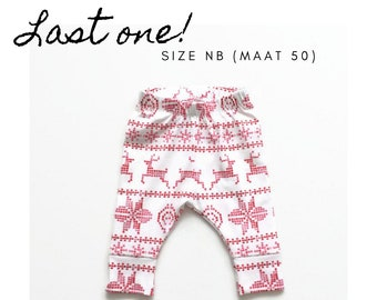 White leggings with red fair isle pattern. Size NB