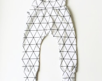 Baby harem pants with a black geometric pattern