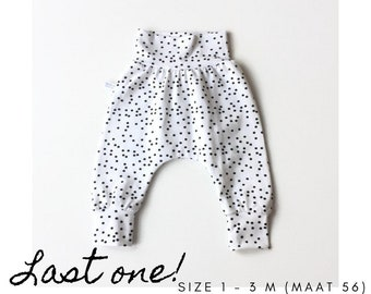 Organic baby harem pants with black dots. Size 1 - 3 months