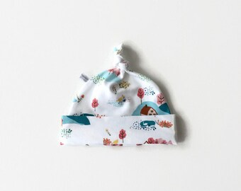 White baby hat with animals, baby knotted hat, knot hat, knotted hat, cotton baby hat, newborn hat. baby or toddler hat