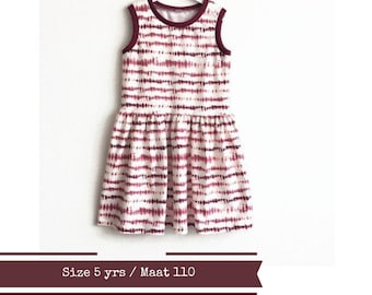 Last one: Tie dye girl's dress. Size 5 yrs