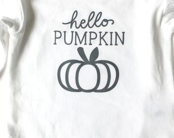 Hello pumpkin bodysuit | Autumn bodysuit | Fall baby bodysuit | Pumpkin shirt baby  | baby shower gift | Ready to ship