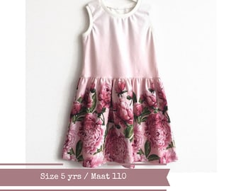 Girl's dress with peonies. Summer dress. Size 5yrs