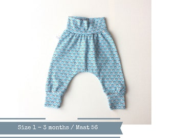 Light blue baby harem pants with boats and red hearts. Size 1 - 3 months