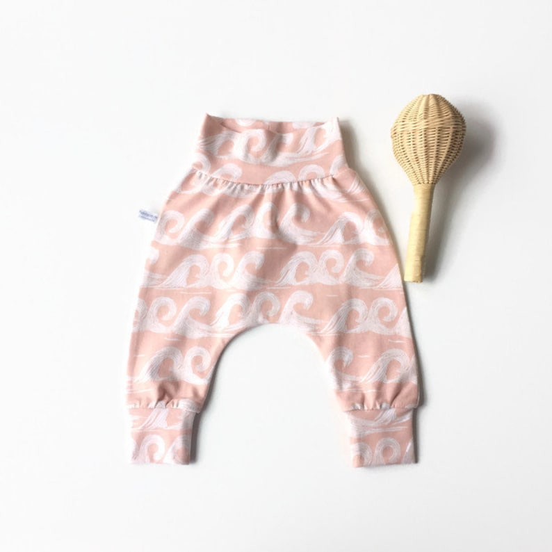 Comfortable toddler pants Baby harem pants with waves Jersey knit fabric. Dusty pink pants with same fabric waistband and cuffs