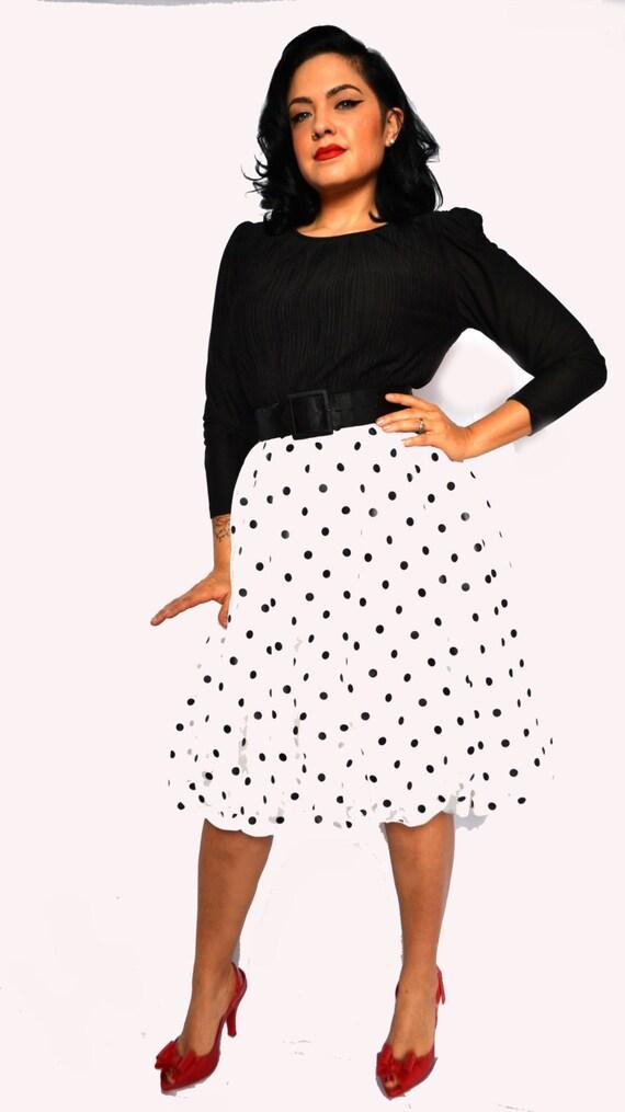 ON SALE!!! Vintage 1960s Polka Dot Dress!