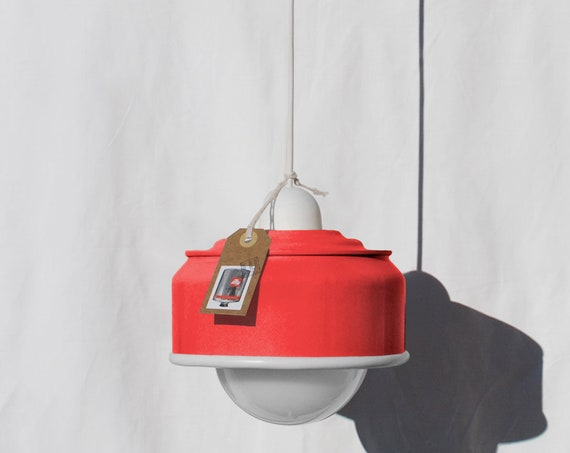 Hanging / ceiling lamp fluorescent red and white details... eco friendly & handmade : recycled from coffee can ! Light bulb included