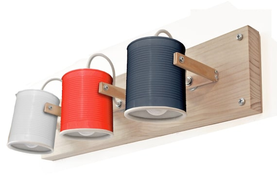 Wall lamp/ sconce / fixture light directable, eco friendly and handmade: recycled from tomato can ! Many colors available