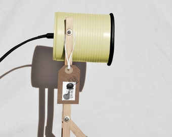 Pastel yellos & Black details desk lamp.... eco friendly:  recycled from tomato can !  UK  or US or EURO plug. Led light bulb included.
