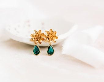 Emerald drop earrings, gold drop earrings, waterlily earrings, bridesmaid earrings, summer wedding jewellery, gold flower earrings