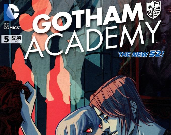 Gotham Academy #5 April 2015 DC Comics  Grade NM