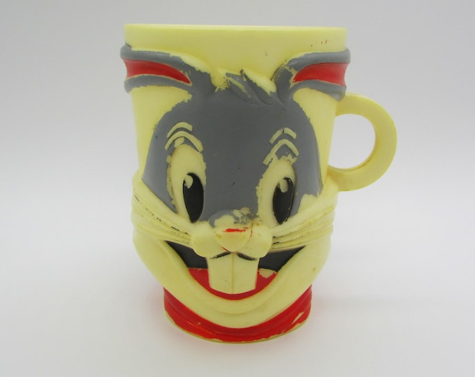 Vintage 1970s Bugs Bunny Nestle Milo Advertising Premium Mug   F&F Mold and Die Works Inc./Warner Bros. Pictures Inc.