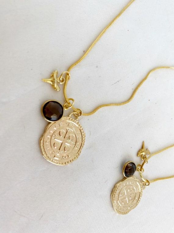 Mia Medallion Necklace