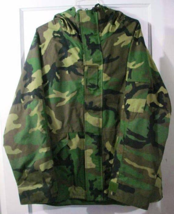 1cfc0612673 vintage u.s. army camo gore-tex cold weather parka jacket sz L