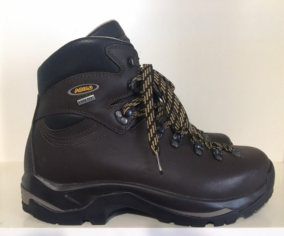 VNDS Asolo gore-tex boots vibram sole