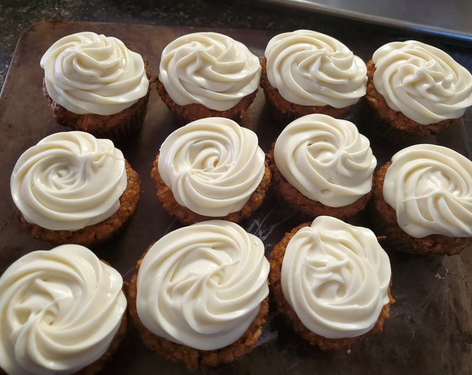 Carrot cake cupcakes *Locally only*