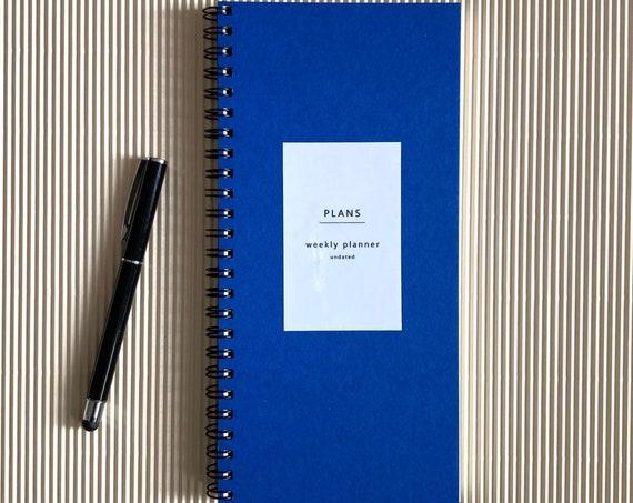 Undated weekly planner - blue