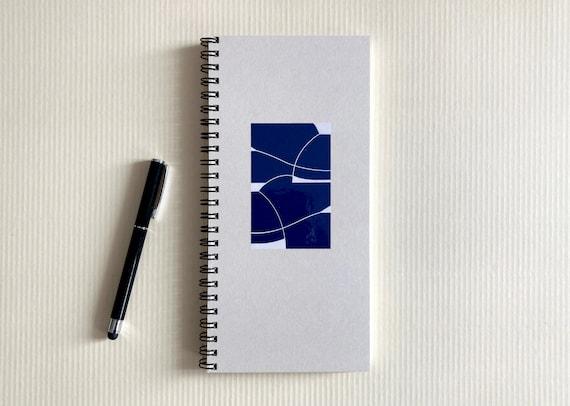Undated weekly planner - blue/cream