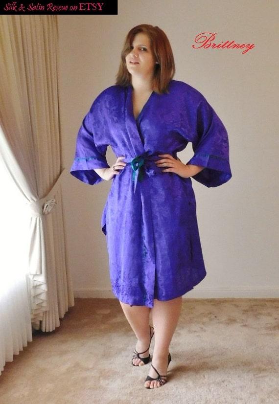 Vintage Secret violet SATIN Jacquard longue ROBE de Victoria  8e1488ab5fa