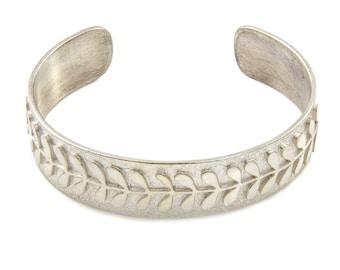 Flower Stem Cuff Bracelet, Silver Cuff Bracelet, Cuff Bracelet, Cuff Bangle, Handmade jewellery, Handmade Bracelet, Silver Cuff, Silver Cuff