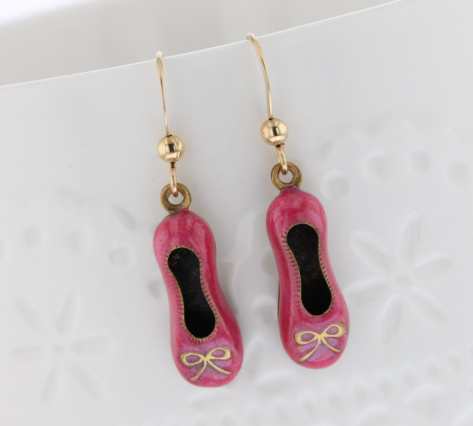 ballet flats shoe earrings. hand enameled pink over brass. 14kt gold-filled ear wires. dangle earrings, pink, shoes, dance, danc