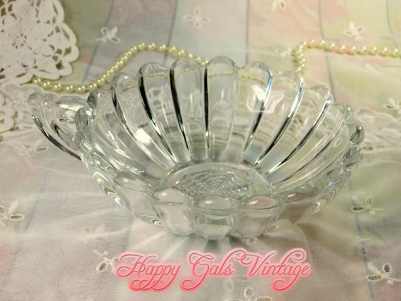 Glass Shell Bowl Vintage Clear, Decorative Glass Bowls