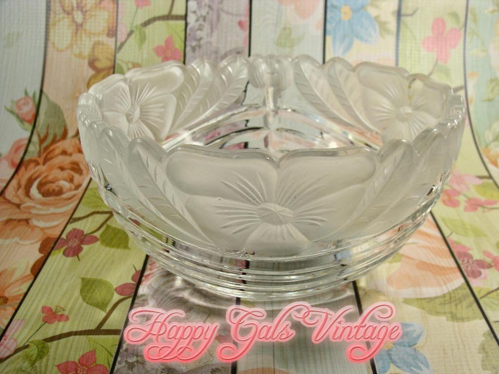 vintage frosted glass serving bowl clear glass serving bowl etsy. Black Bedroom Furniture Sets. Home Design Ideas