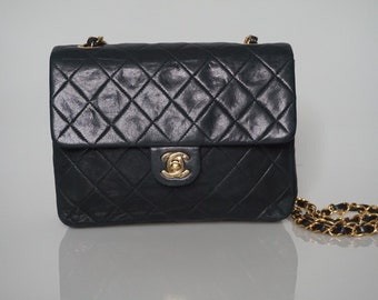 a86870a70b4ee4 Chanel Vintage Quilted Square Flap Black Lambskin Leather Cross Body Bag