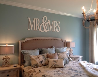 Mr&Mrs Bedroom Decor