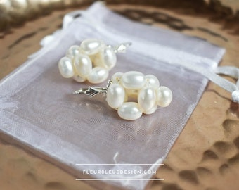 Pearl earrings to hang for wedding in silver
