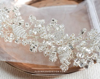 Filigree hair wire in silver for wedding hairstyle