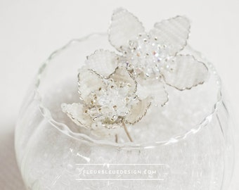 Bridal hairpin set with white snow roses, 2 pieces