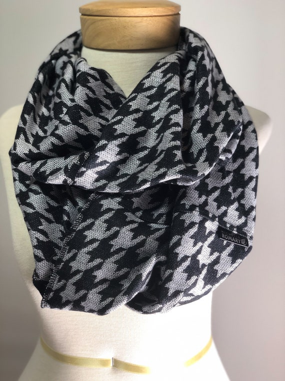 Houndstooth Infinity Scarf in Black and White, Luxuriously Soft Loop/Circle Scarf