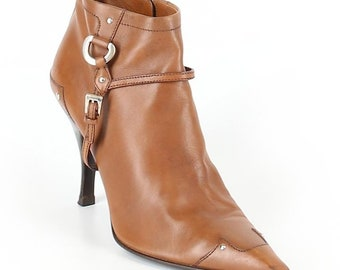 cf87889a6f2 Prada British Tan Vintage Leather Pointy Toe Ankle Boots Booties