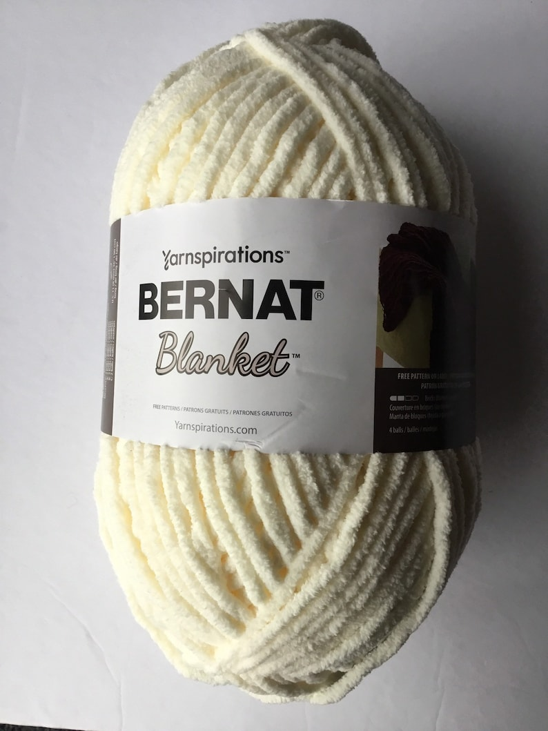 BERNAT Yarnspirations vintage white Blanket Big Ball YARN