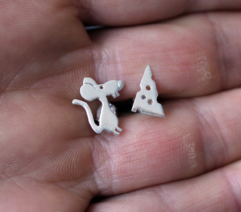 Silver Studs-Mouse Stud Earrings-Sterling Silver Cheese Earrings-Gift Idea-Mouse and Cheese Jewelry-Charm-Schmuck Silber Maus-Plata-Argent