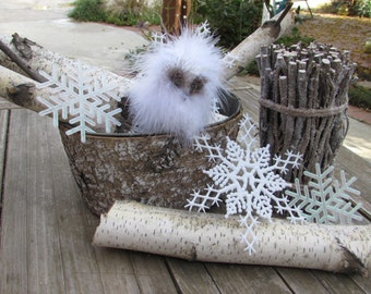 Winter Centerpiece Birch Log Table Decor Snowflake Centerpiece Tree Branch Centerpiece Rustic Bird Table Decor Christmas Centerpiece