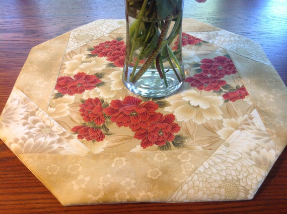 Amazing Table Topper Octagonal Spring Summer Elegant Asian Red Floral On Creams Metallic Gold Table Decor Download Free Architecture Designs Ferenbritishbridgeorg