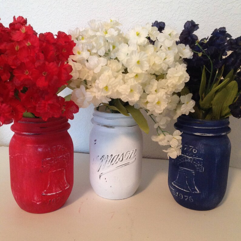 Liberty Mason Jars Red White Blue Mason Jar Painted Mason Jar Vintage Mason Jars 4th of July 1776 Jars Americana Mason Jar Centerpiece