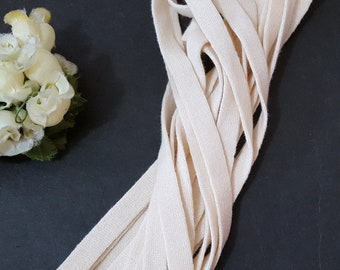 Black flats on Beige Fund 5 metres H 15 MM Tape Natural Cotton