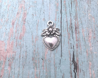 8 Small Milagro heart charms (1 sided) silver tone - silver Milagro pendants, sacred heart charms, folk charms, Latin American charms, XX6