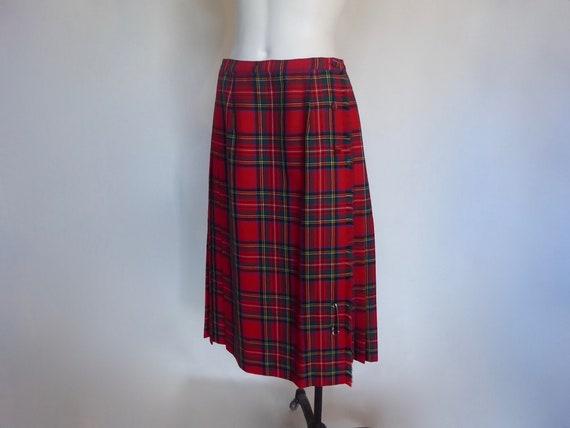Red Royal Stewart tartan skirt. Aljean, 1970.Pure